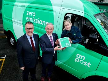 The Minister for Communications, Climate Action and Environment, Richard Bruton T.D. and An Post CEO, David McRedmond announce that all An Post deliveries 'between the canals' will be zero emission by the end of 2019